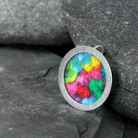 schmuckanhaenger_moon_l-rainbow_1080.jpg